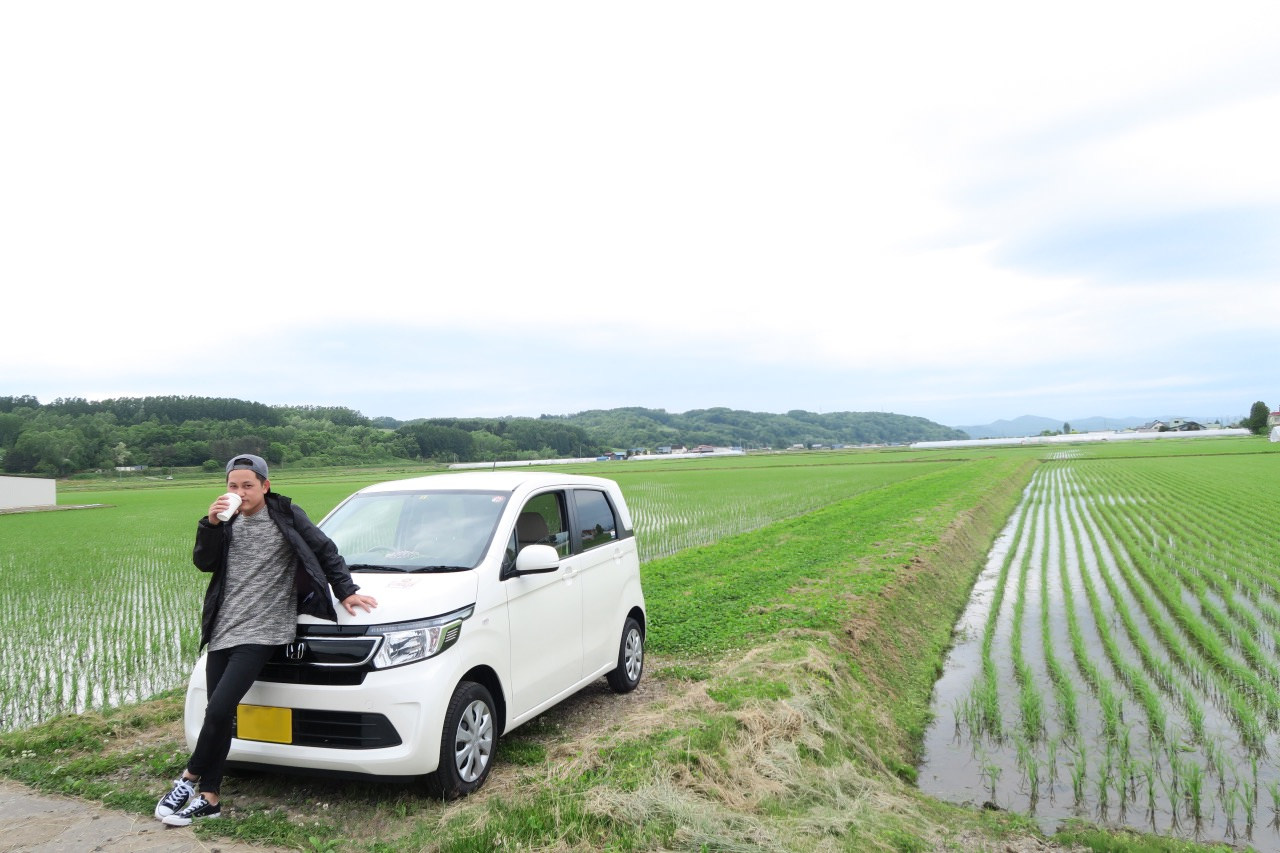 Rent a car, and let it take you to amazing destinations in Hokkaido.