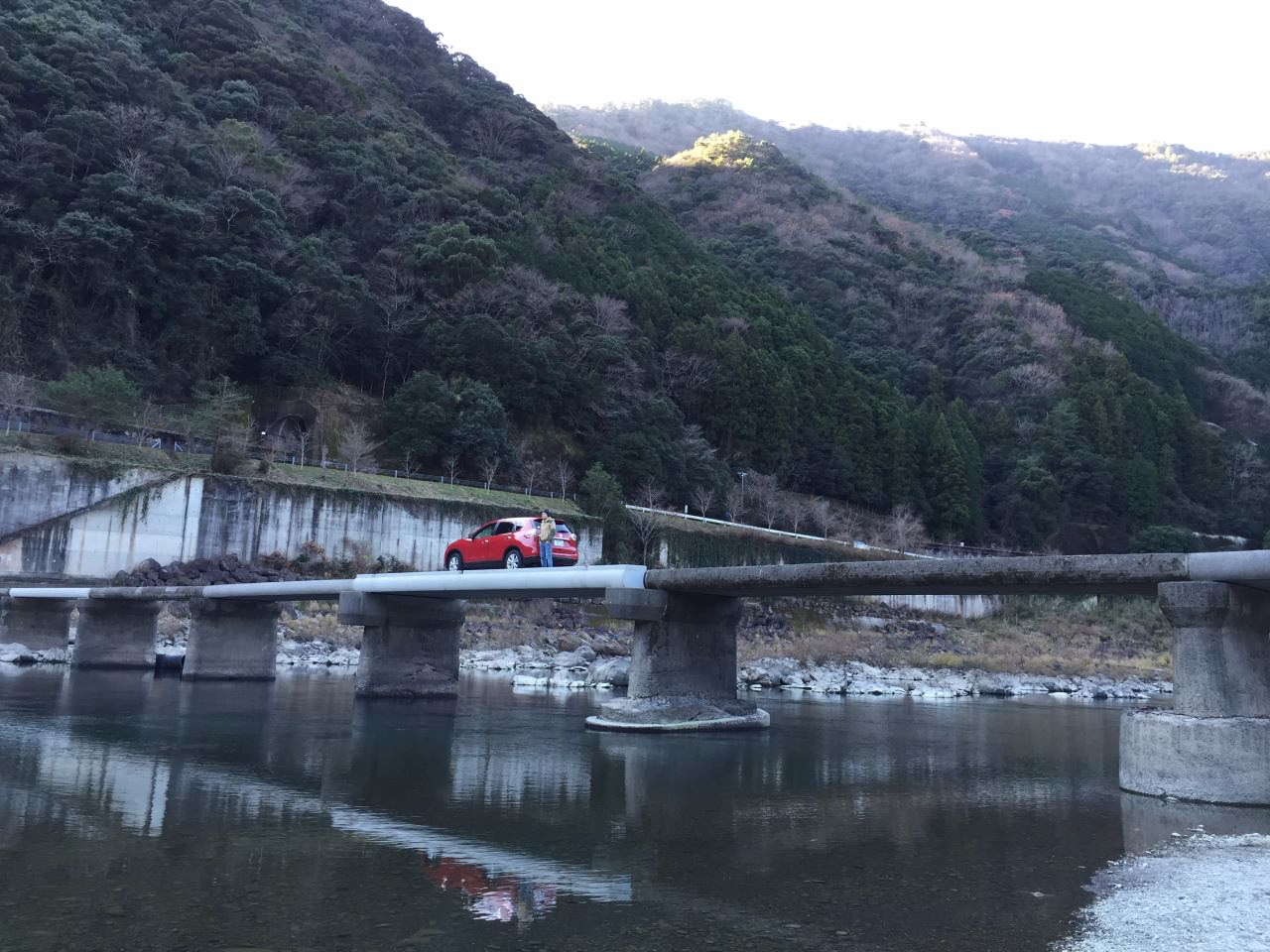 Drive through such a narrow bridge with great scenic view – really exciting!