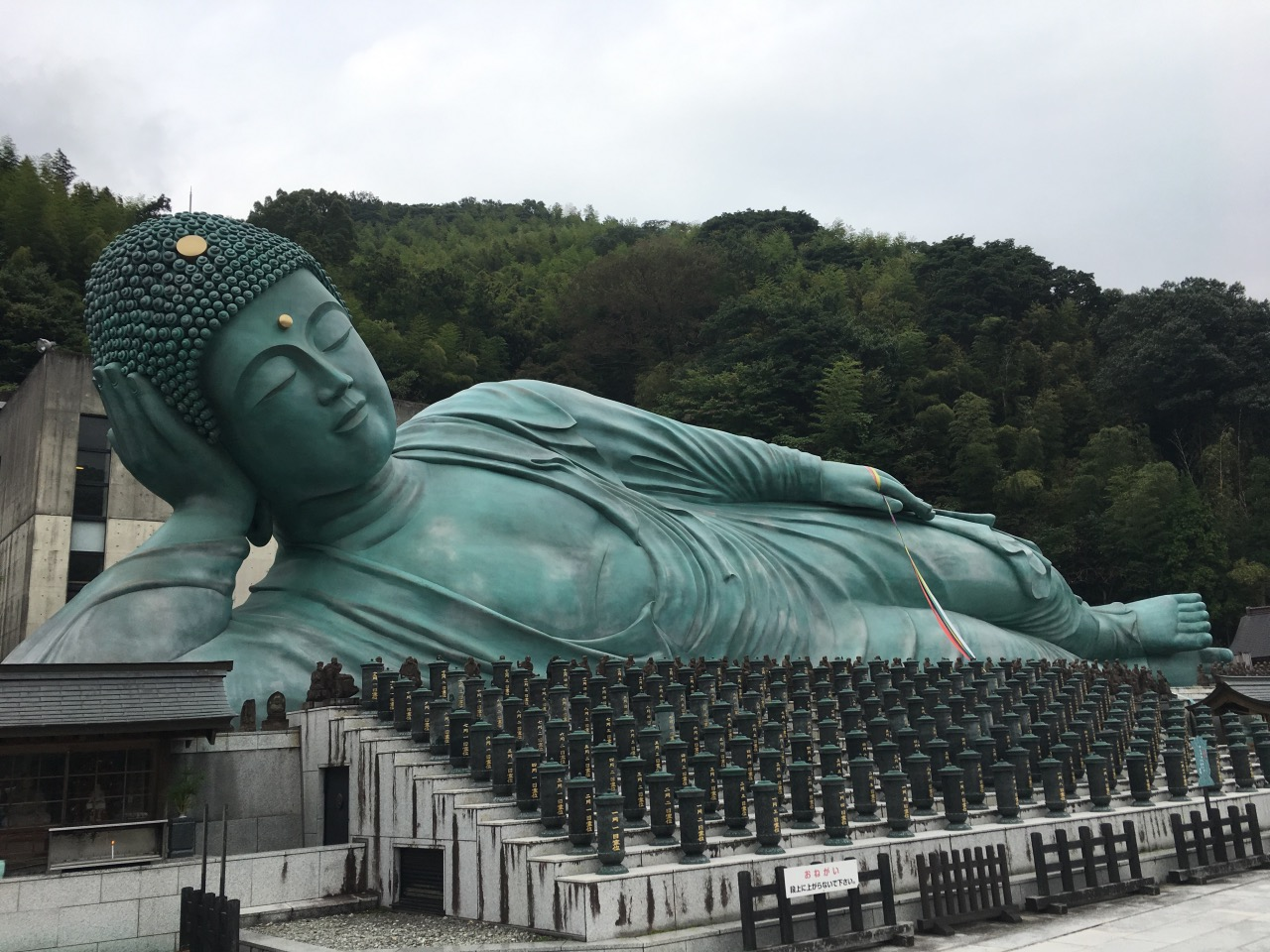 The largest outdoor bronze Buddha statue!