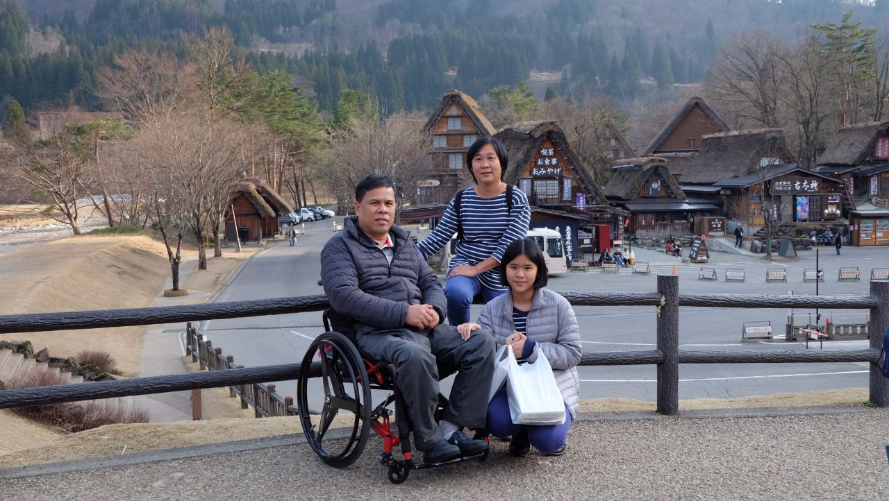 Our group 6 person. Take good car from Tocoo visited Japan.
