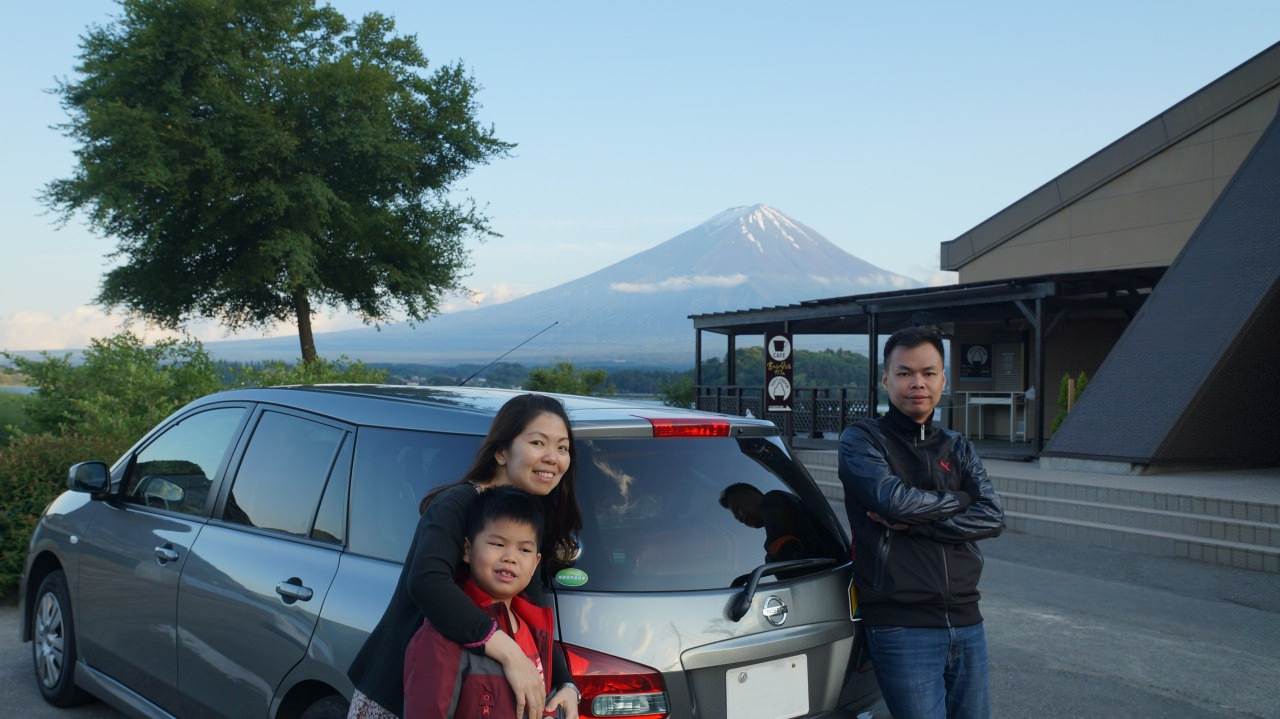 Unforgettable experience at Oishi Park Kawaguchiko Lake. Awesome beautiful.Thank Tocoo good service.