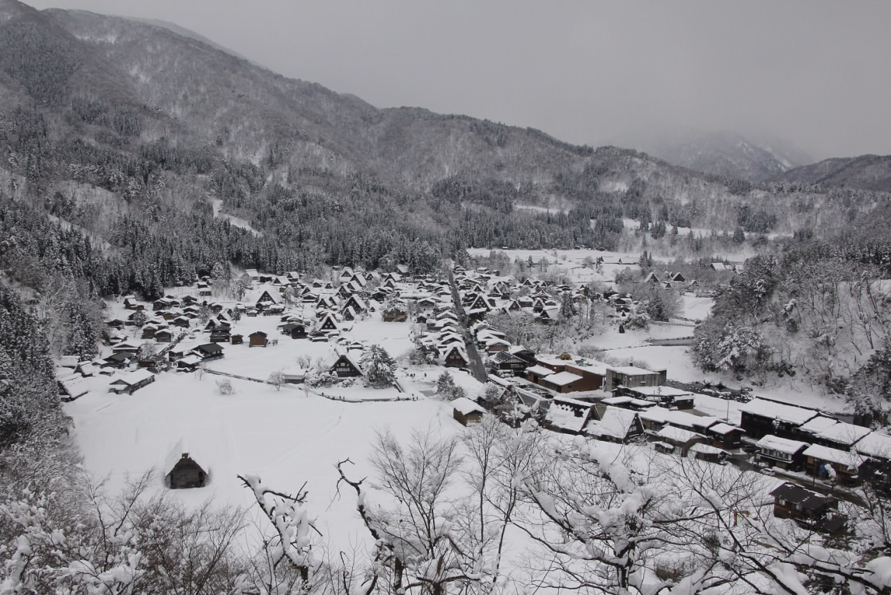 Snow scene at Shirakawa
