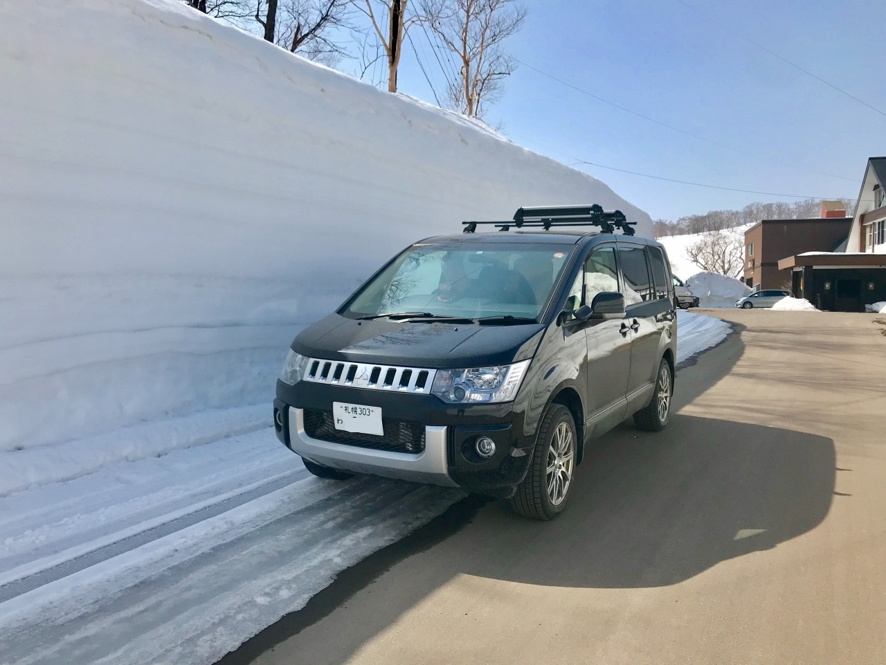 We had a fantastic 10 days,driving the Delica from Chitosea to Grand Hirafu, skiing and sightseeing