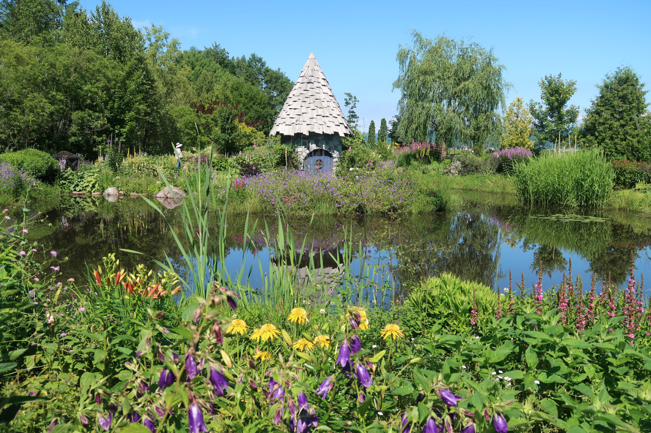 An Exquisite English Garden… a small gem in Asahikawa.Absolutely Gorgeous!